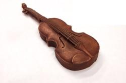Скрипка из шоколада