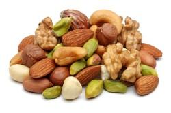 Орехи для приготовления белого шоколада