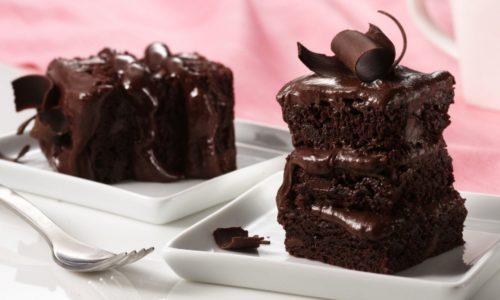 Вкусные шоколадные пирожные