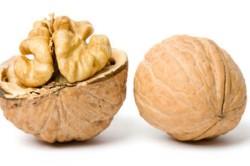 Грецкий орех для приготовления клубники в шоколаде