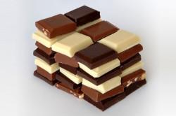 Кусочки шоколада для приготовления крема