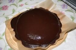 Торт с шоколадной помадкой