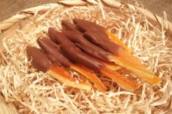 Апельсиновые цукаты в горьком шоколаде