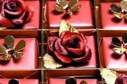 Шоколадный набор Swarovski-studded Chocolates