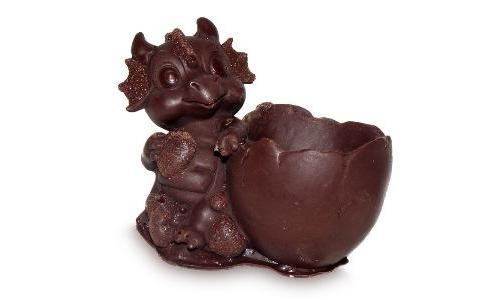 Шоколадная фигурка в виде дракона