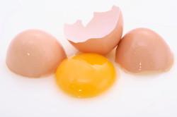 Яичный желток для приготовления заварного крема