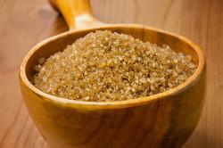 Коричневый сахар для приготовления помадки