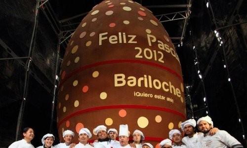 choco egg 500x300 - Рекорд: самая большая шоколадка в мире