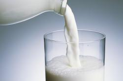 Молоко с высокой жирностью для приготовления  горячего шоколада