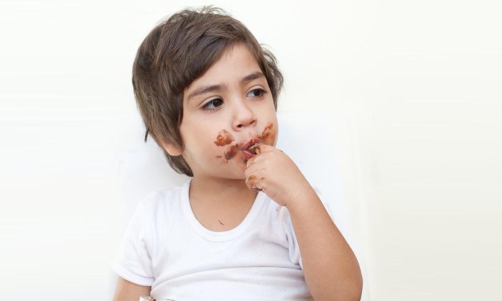 Проблема пятен от шоколада