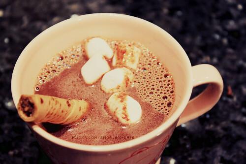 Как приготовить горячий шоколад: рецепты согревающего напитка